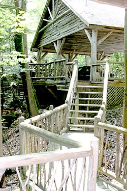 Goose Pond walkway